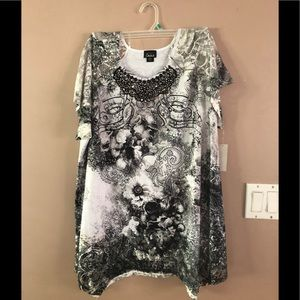 Woman's Plus Size Top By Simply Emma 3X NWT